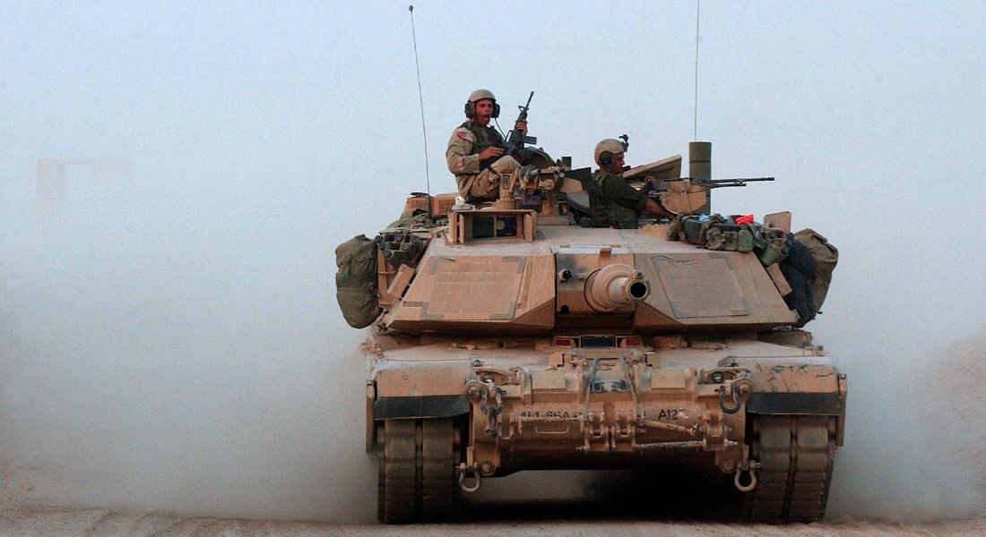 """الجيش الأمريكي يحجز كامل أفراد وحدة """"الفرسان الحديديون"""" بمعسكرهم بحثا عن """"ممتلكات مفقودة"""""""