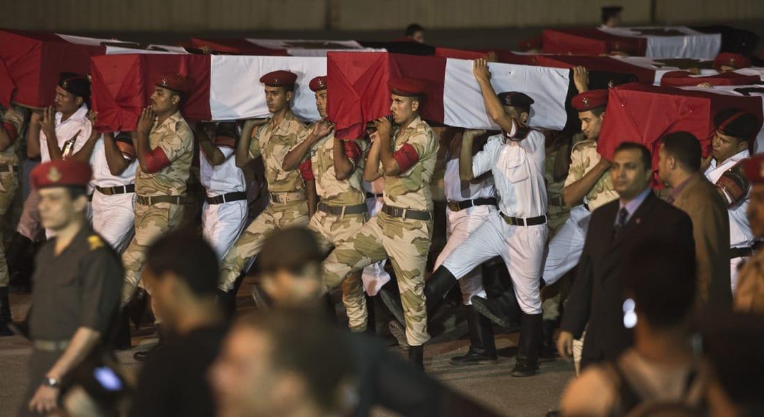 """مصر.. مقتل 3 جنود وجرح 7 في """"تفجير مزدوج"""" استهدف دورية أمنية بشمال سيناء"""