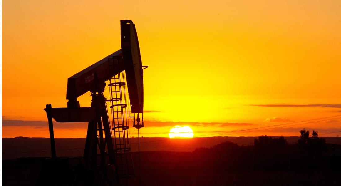 وسط تهاويها لأدنى مستوياتها منذ سنوات.. هل تسحق أسعار النفط أحلام فلاديمير بوتين؟
