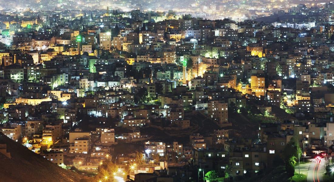 الحكومة الأردنية تسمح لشركة الكهرباء بالاقتراض من البنوك الإسلامية بعد تفاقم خسائر الغاز المصري