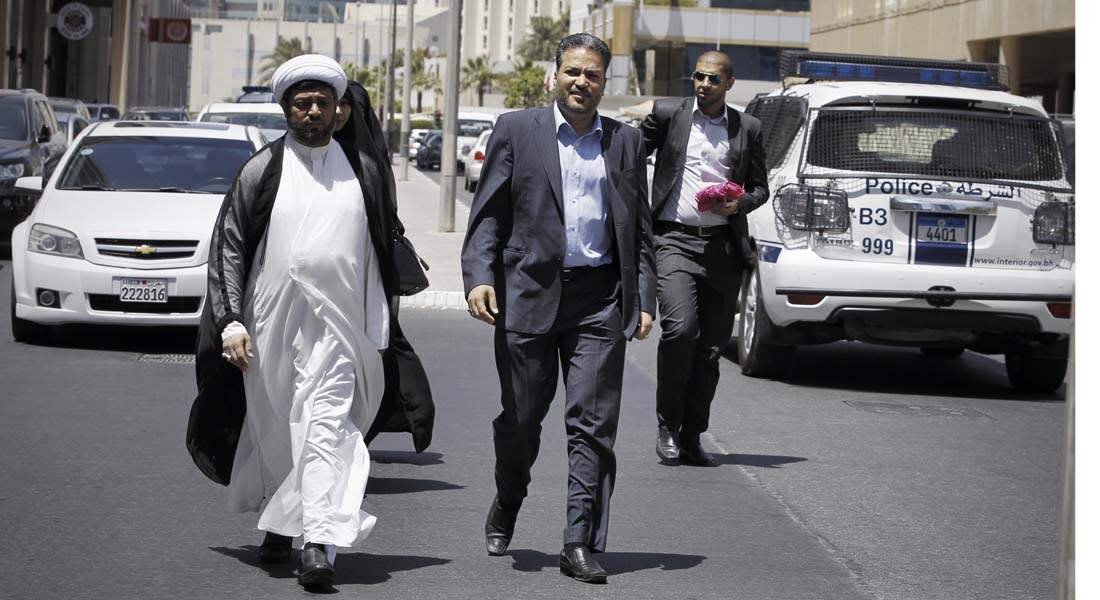 حزب الله يدين تجميد البحرين لنشاط جمعيتي وعد والوفاق