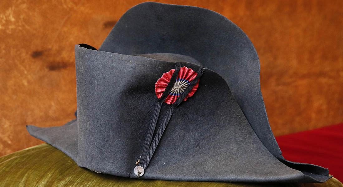 مزاد علني لبيع مقتنيات نابليون بونابرت وأهمها قبعته العسكرية الشهيرة