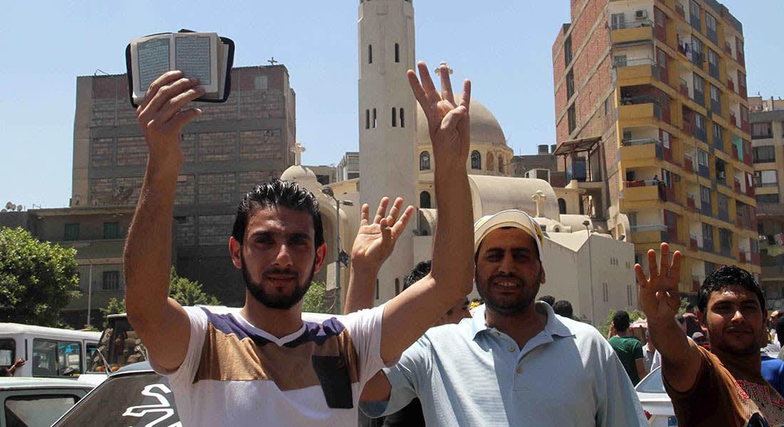 """صحف: جيش صدام درّب عناصر من داعش والإخوان يدعون لـ""""ثورة إسلامية"""""""