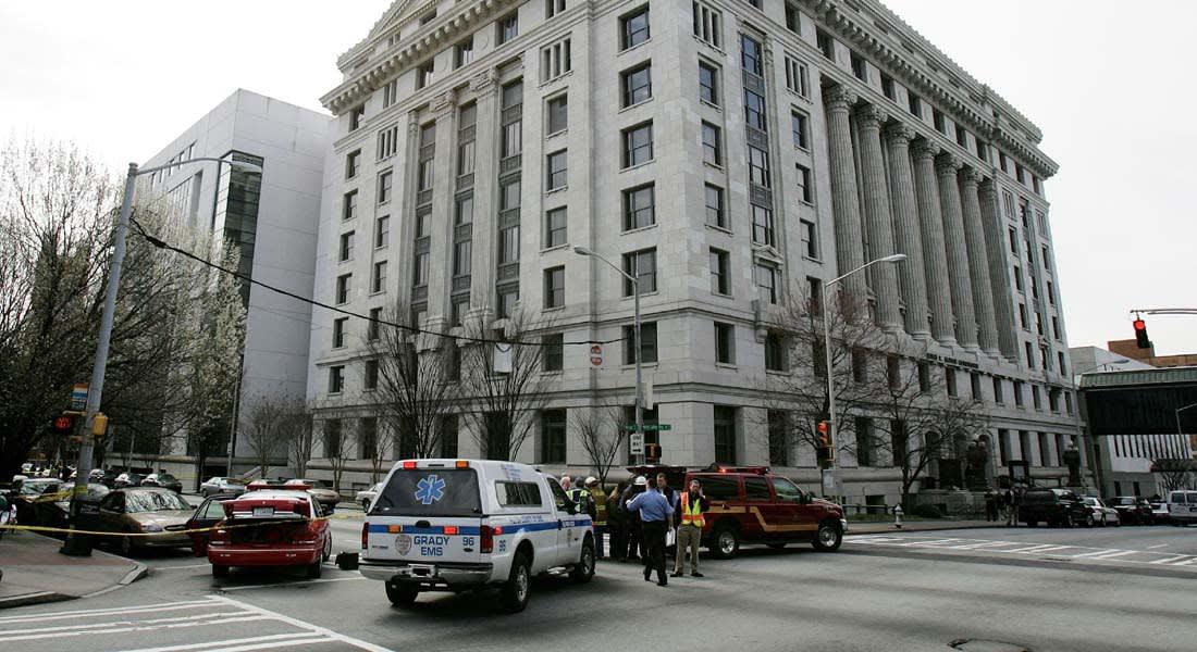 أمريكا: إصابة ضابطي شرطة ومسلح في تبادل لإطلاق النار بأتلانتا