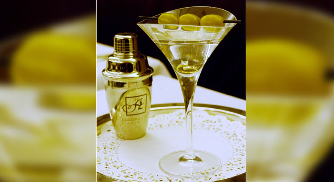 مارتيني بزيتون من ألماس وجولة للمشروبات الروحية بأكثر من مليون دولار للشخص