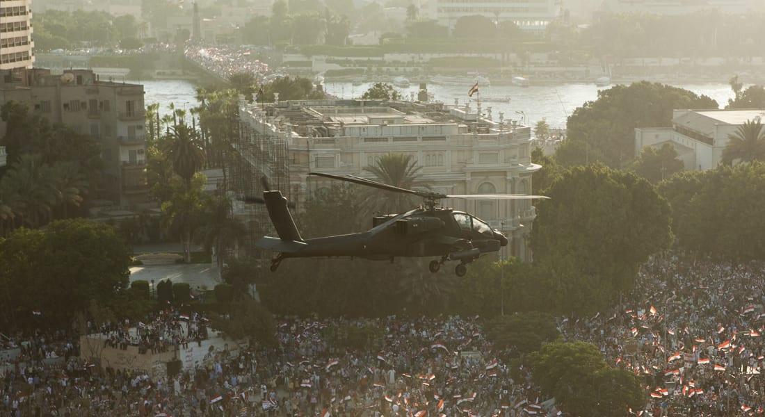 """واشنطن تبلغ القاهرة بإنهاء تجميد صفقة """"أباتشي"""" للجيش المصري بأسرع وقت"""