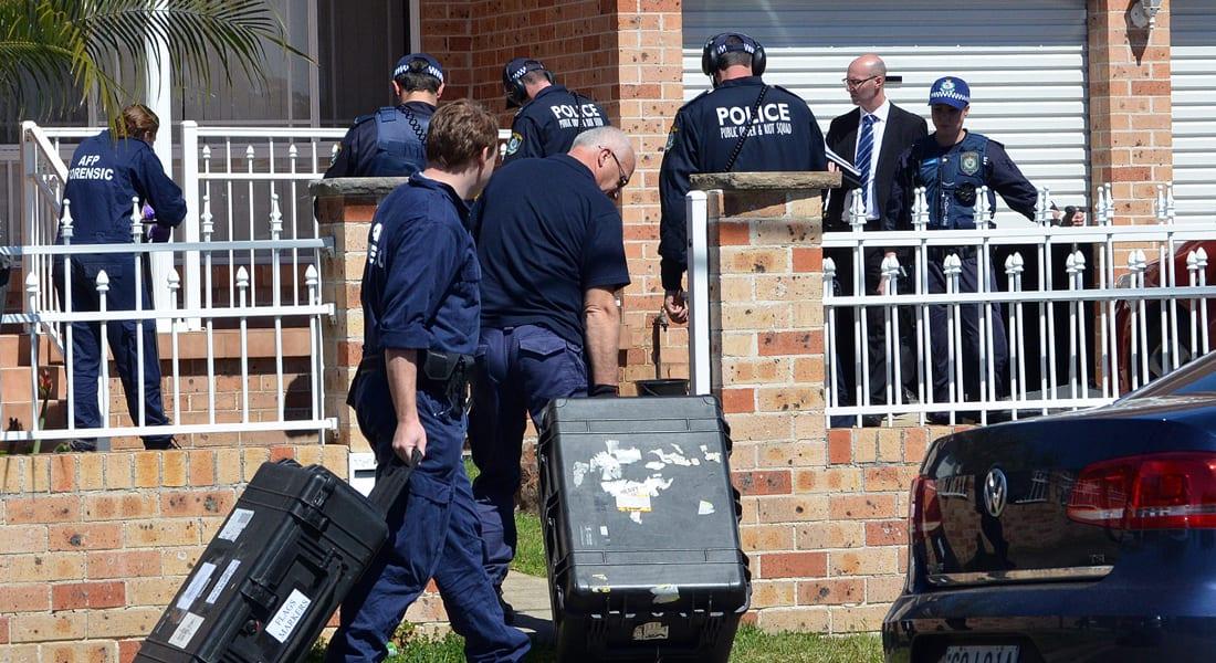 """استراليا: اعتقال 16 بحملة أمنية بعد معلومات عن مراسلات لداعش تمهد لـ""""قطع رأس"""" شخص باستراليا"""