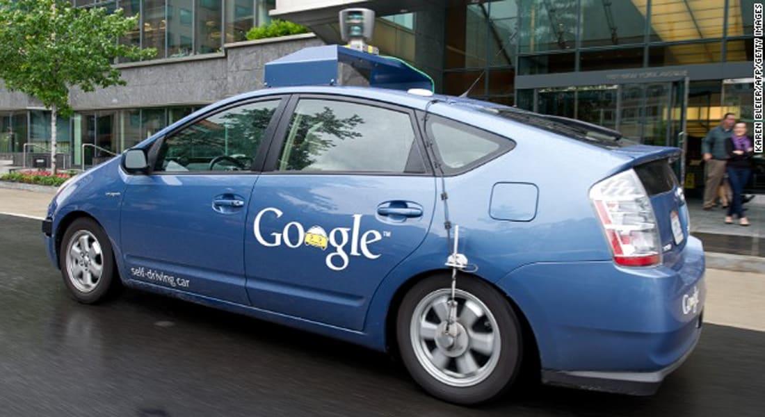سيارات غوغل ذاتية القيادة مقارنة بقيادة البشر.. أيهما أكثر أمانا؟