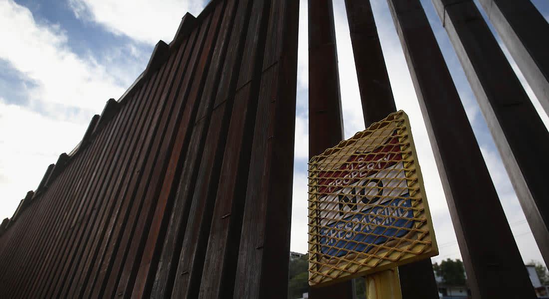 صحف العالم: عناصر من داعش يظهرون على حدود أمريكا مع المكسيك