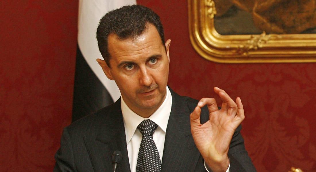 وزراء الحكومة السورية الجديدة بعد إصدار الأسد مرسوما بتشكيلها برئاسة الحلقي