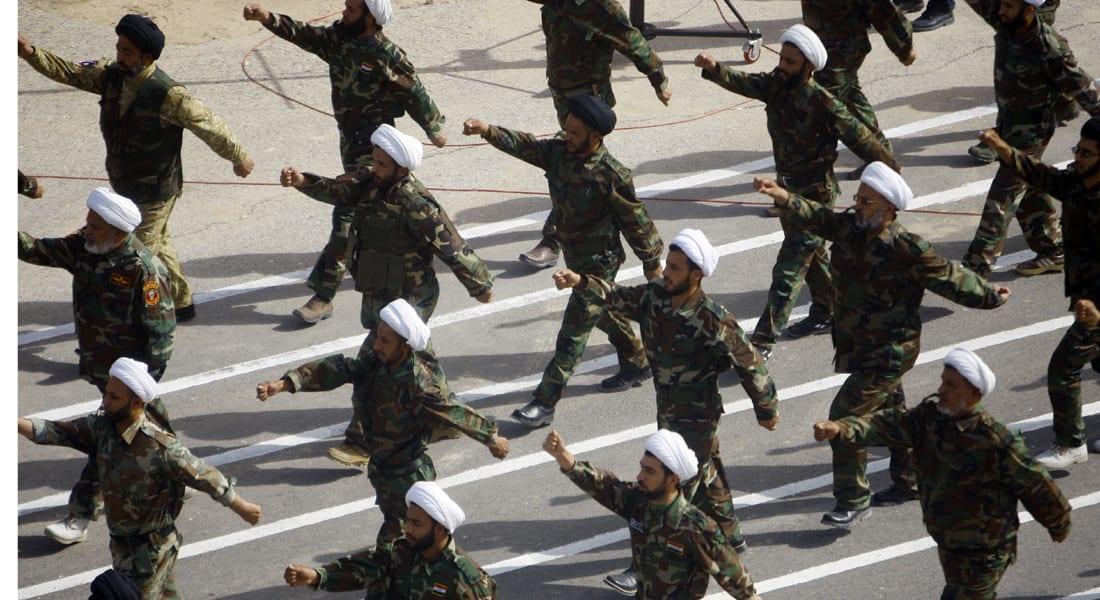 """تقاطر المتطوعون للتصدي لداعش.. و""""سرايا السلام"""" لحماية المقدسات"""