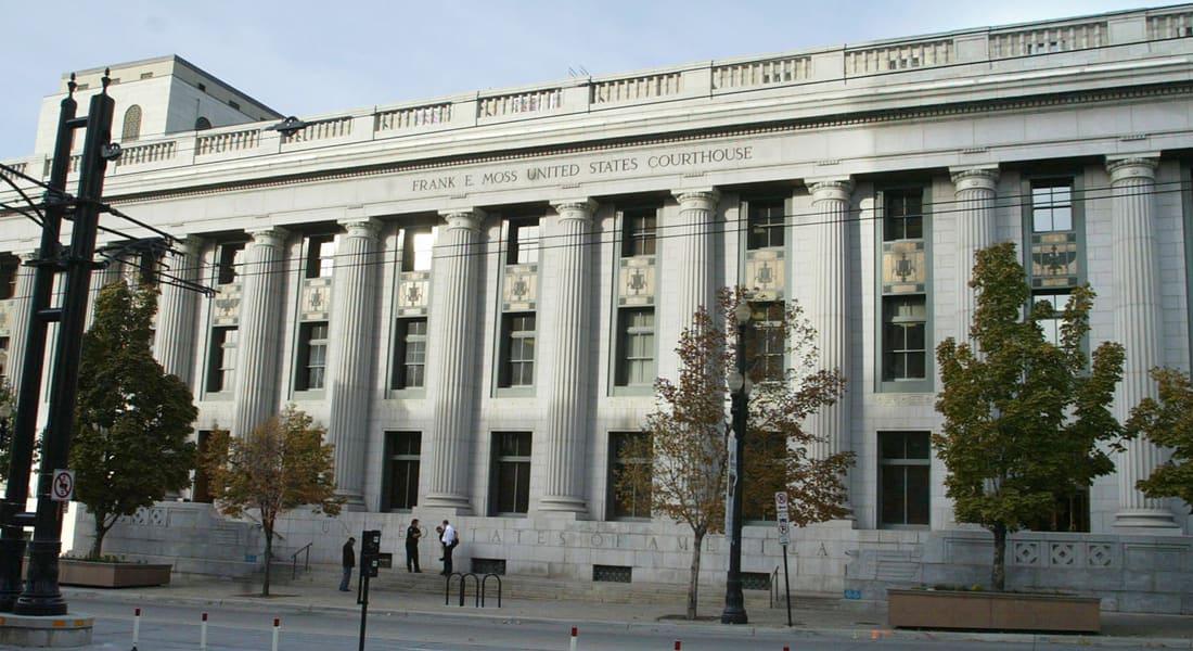 شرطي أمريكي يقتل متهماً بوابل من الرصاص داخل المحكمة