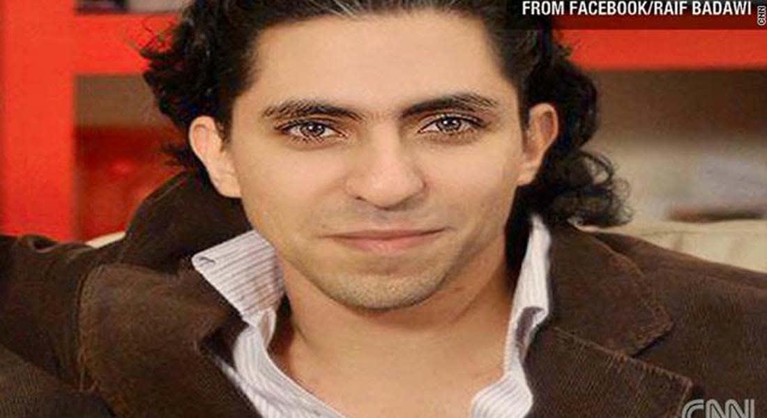 زوجة بدوي تؤكد لـCNN حكم الـ1000 جلدة والسجن والغرامة على زوجها رائف
