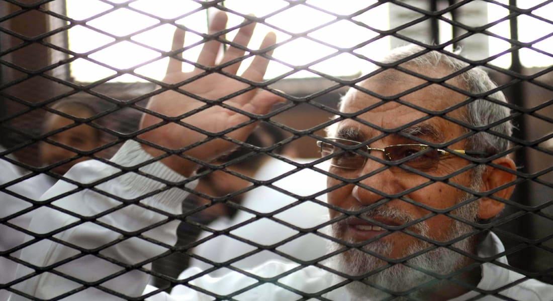 """مصر: محاكمة أكثر من 50 إخوانيا بقضية """"غرفة عمليات رابعة"""""""