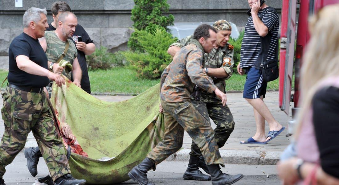 """الأزمة الأوكرانية.. 12 قتيلاً في """"لوغانسك"""" وموسكو تهاجم كييف"""