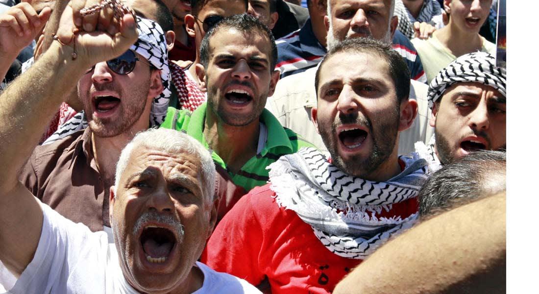 عمليات إسرائيل في غزة تشعل غضب الشارع الأردني وتعيد مظاهر السلاح ودعوات الجهاد