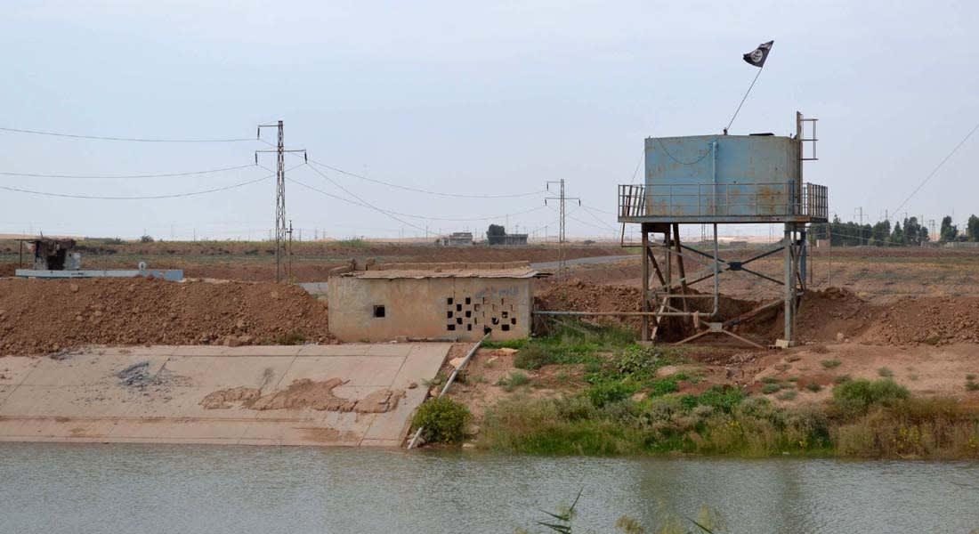 """وزير الدفاع العراقي يبدأ مهامه بالتحقيق في  سقوط محافظات بيد """"داعش"""" ومحاسبة المقصر"""