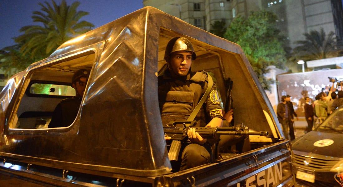 """مصر: ضبط طالب بكلية الهندسة يتواصل مع أحد زعماء """"داعش"""" عبر فيسبوك"""