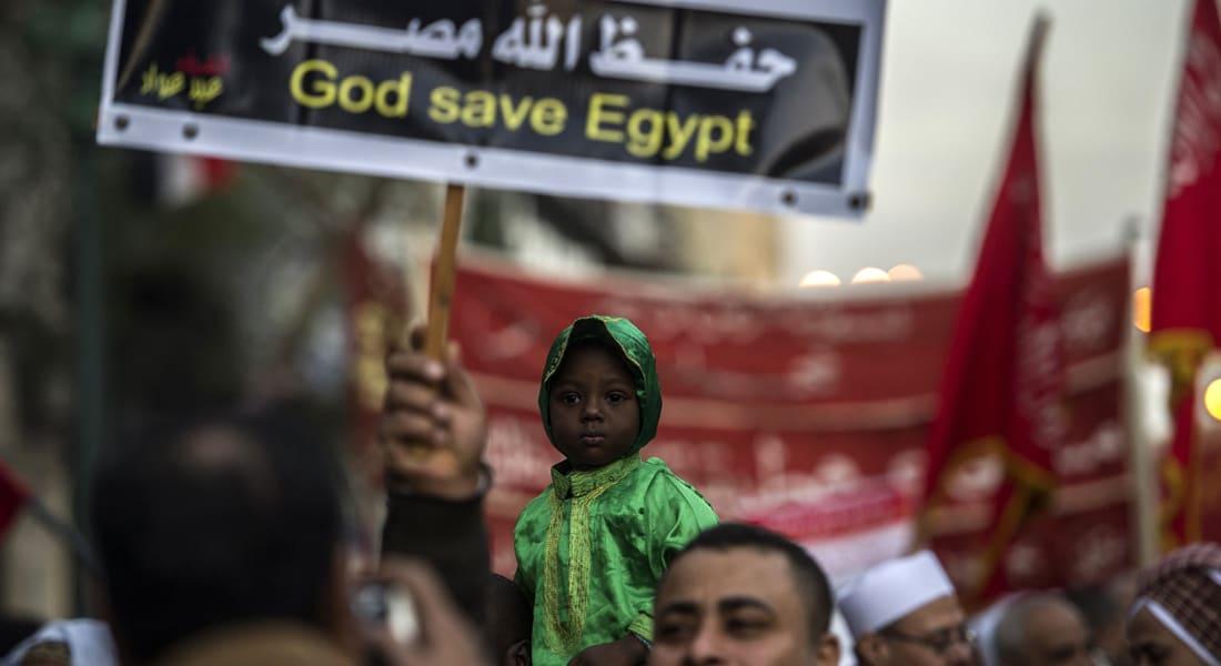 رأي.. من الذي سيحدد مصير مصر السياسي في 2015؟