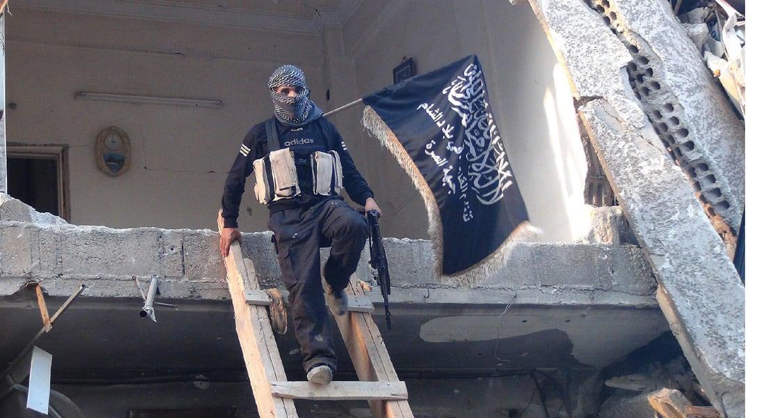 """جبهة النصرة تفجر ضريح الإمام النووي ومقتل 177 من """"داعش"""" في العراق"""
