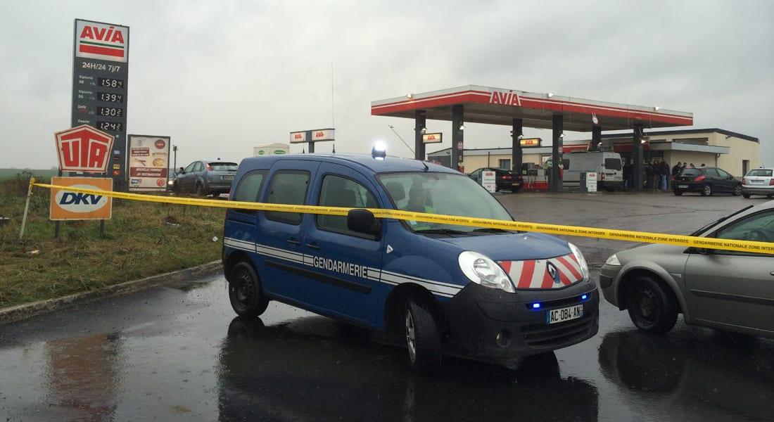"""ساعات على """"هجوم شارلي إييدو"""".. مقتل شرطية في باريس ورصد المشتبهين بمحطة للوقود شمال فرنسا"""