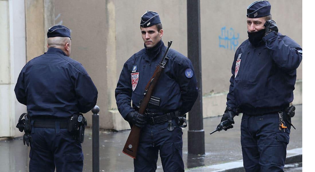 """رئيس الوزراء الفرنسي يرفع حالة التأهب إلى """"إنذار بهجوم"""" في مقاطعة بكاردي شمال البلاد"""