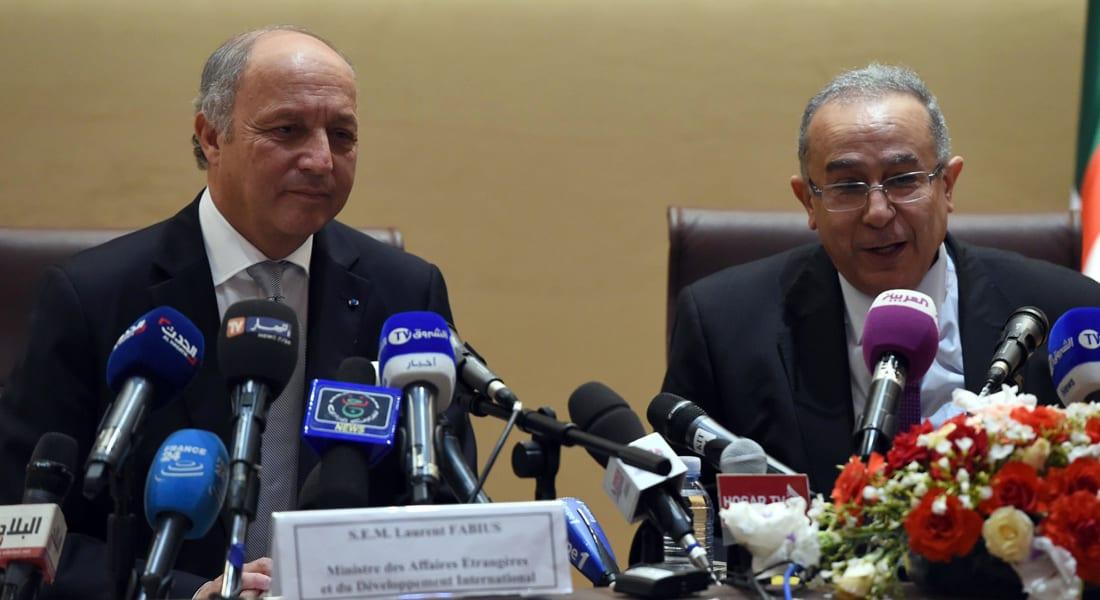 """الجزائر: دبلوماسيونا المختطفون في مالي """"قضية دولة"""" وسجناء العراق سيعودون"""