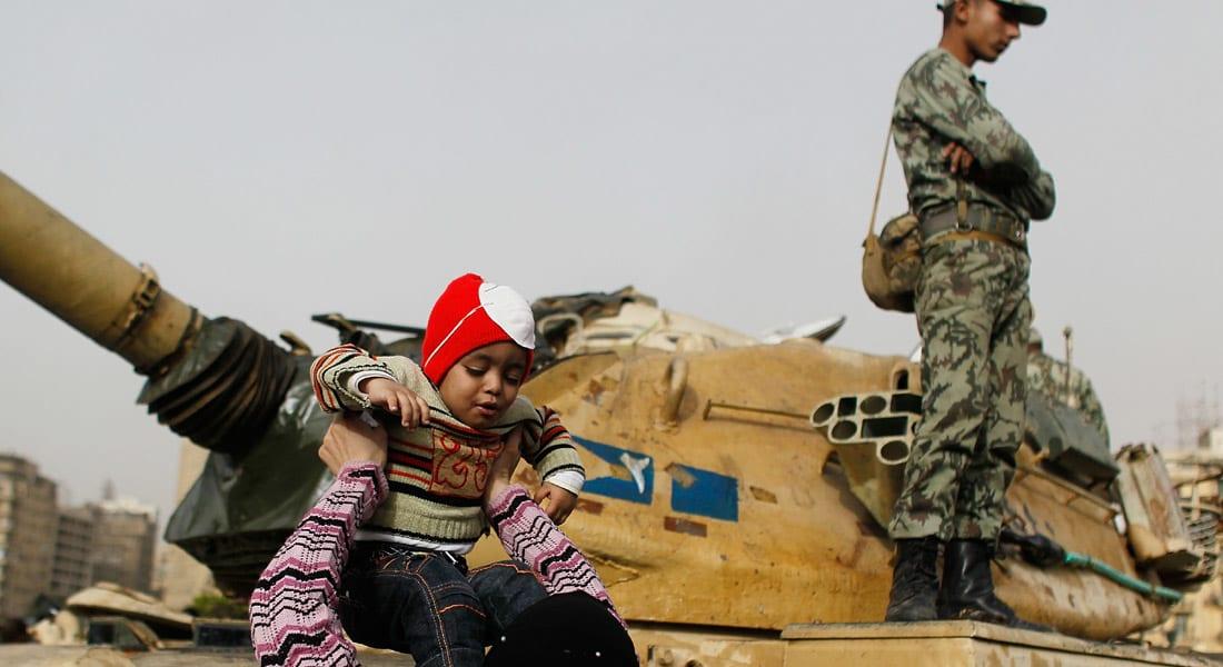 """أحمد عبد ربه يكتب.. """" الجيش والشرطة والشعب في مصر: ملاحظات تأسيسية"""""""