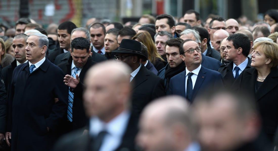 """مسيرة باريس تثير المغردين.. """"اعتراف بأن دماء الأقوياء دماء ودماء الضعفاء ماء"""""""