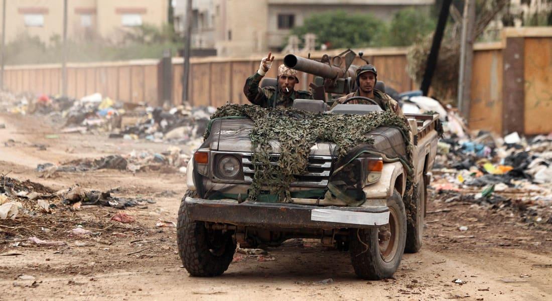 فهمي هويدي يكتب لـCNN: ارفعوا أيديكم عن ليبيا