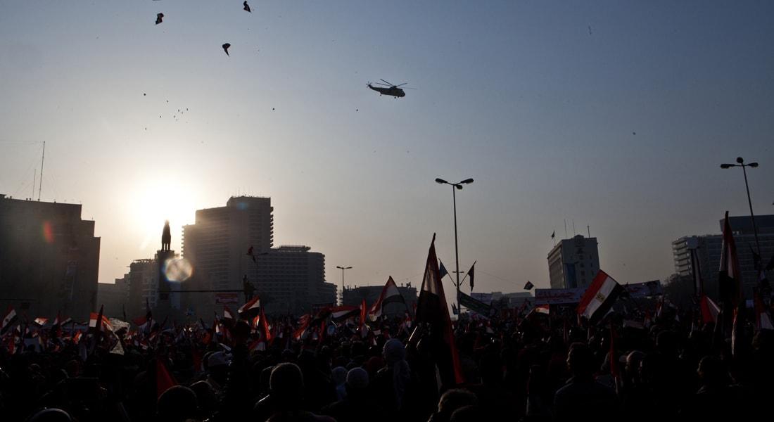"""بسمة عبد العزيز تكتب لـCNN عن """"الثورة الغامضة"""" في مصر"""