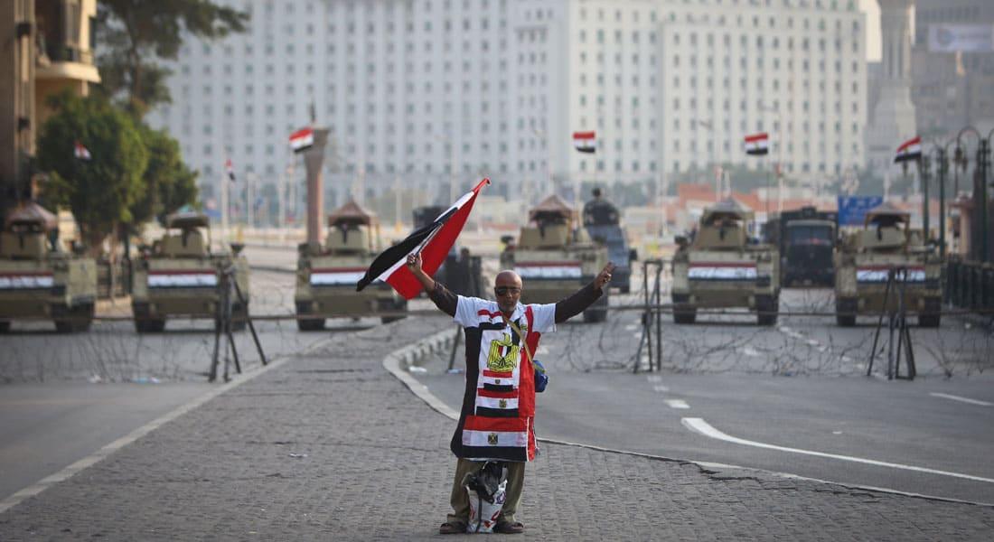 """مصر تحبس أنفاسها لـ""""25 يناير"""".. تفجيرات واحتجاجات مناهضة للجيش وضبط """"خلية إرهابية"""" وتمشيط جوي لسيناء"""