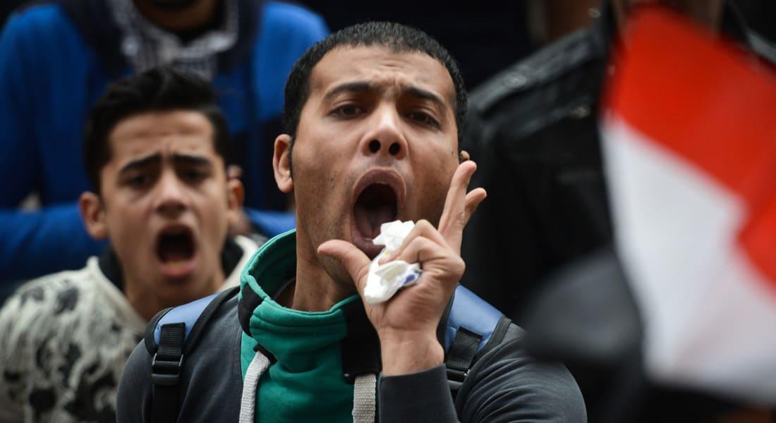 """فهمي هويدي يكتب عن """"نصف كوب الثورة الفارغ"""" في مصر"""