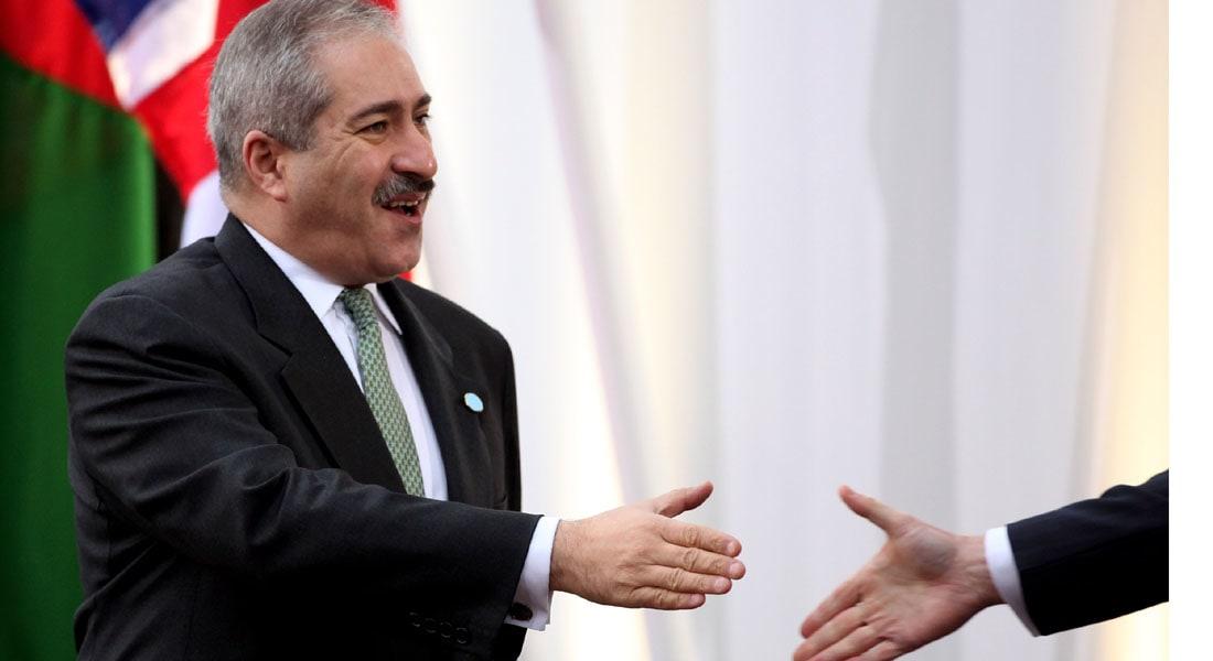 """وزير الخارجية الأردني لـ CNN: الرهينة الياباني ضمن أي صفقة مع """"داعش"""" والأولوية للطيار الكساسبة"""