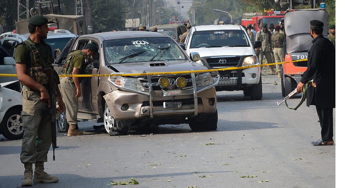 15 قتيلاً في تفجير استهدف مسجدا للشيعة بباكستان وجند الله تتبنى الهجوم