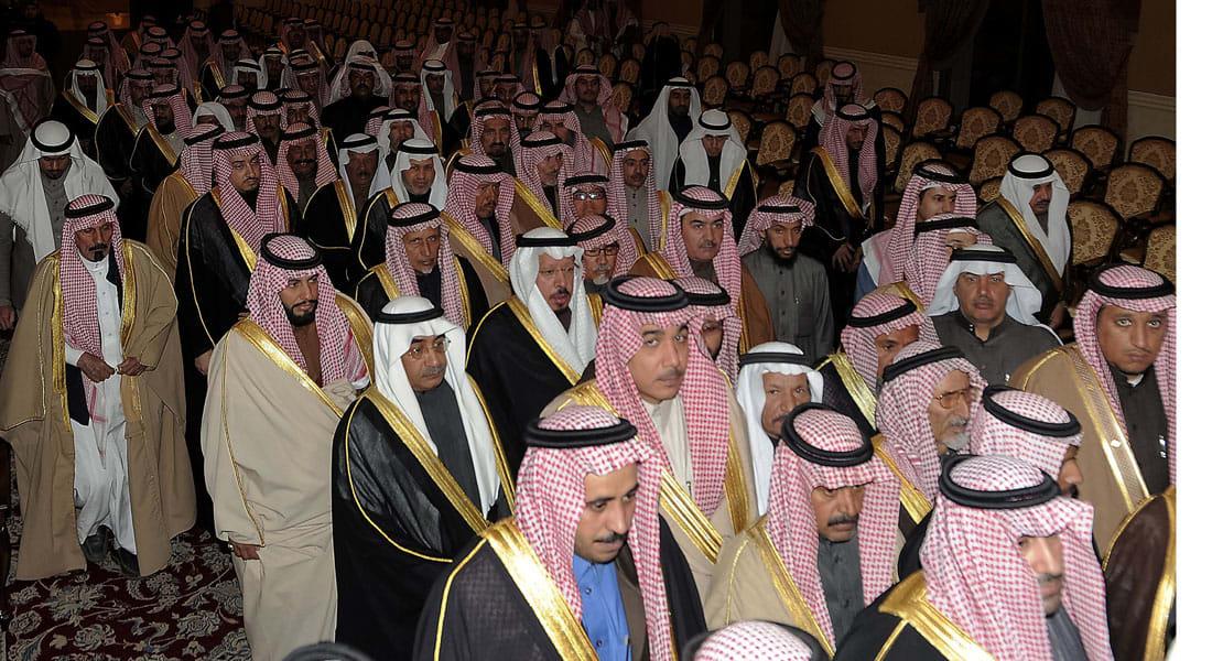 ما قاله خطباء الحرمين ومفتي السعودية في البيعة والطاعة ولحمة الحكام والعلماء