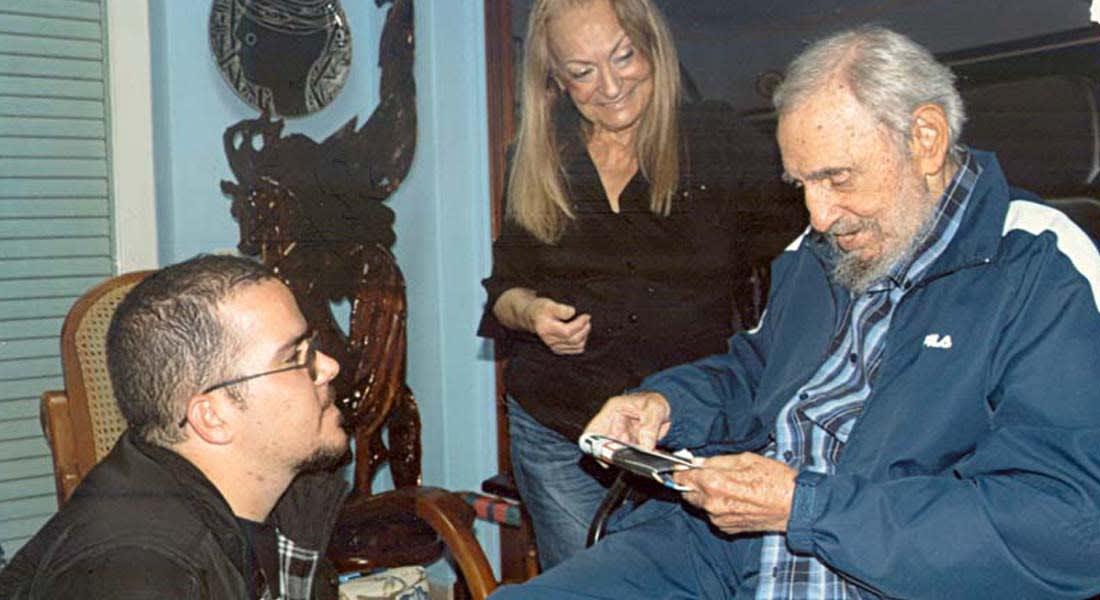 كوبا: فيديل كاسترو يظهر بالصور لأول مرة منذ ستة أشهر