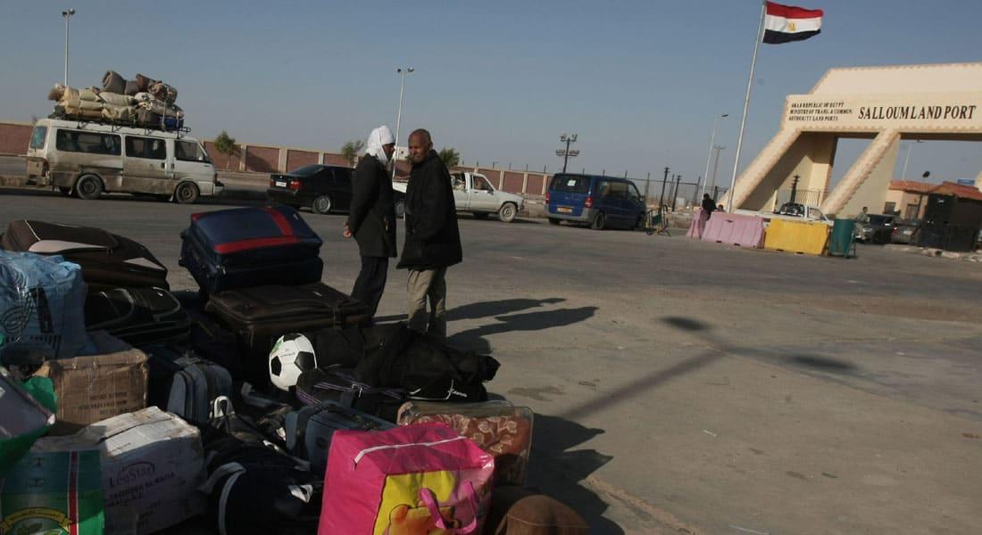 """بعد إعلان """"داعش"""" اختطاف 21 قبطياً.. السيسي يأمر بإجلاء فوري للمصريين من ليبيا"""