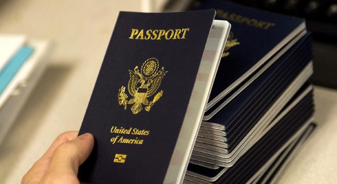 هل قارب الحلم الأمريكي على الانتهاء؟ أرقام قياسية لمن تخلوا عن الجنسية الأمريكية هذا العام