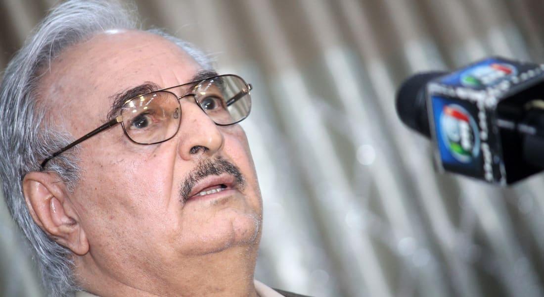 """حفتر يدعو مصر للتدخل عسكريا في ليبيا ردا على ذبح الأقباط ويتهم قطر والسودان وتركيا بـ""""دعم الإرهاب"""""""
