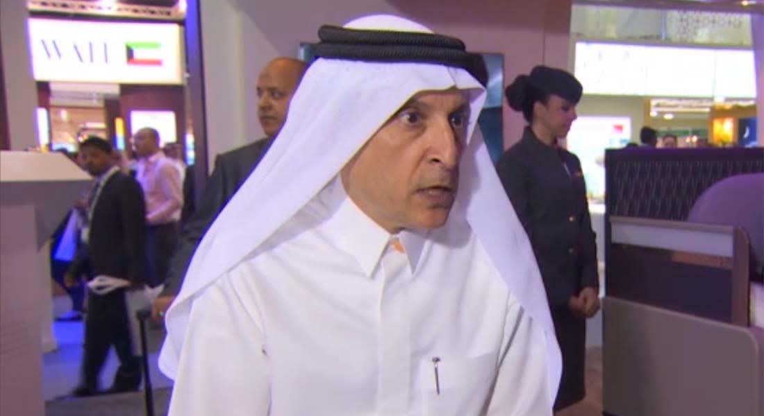 الرئيس التنفيذي لمجموعة الخطوط الجوية القطرية: تهم استغنائنا عن المضيفات بعد زواجهن غير صحيحة