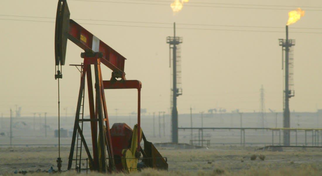 مصدر: السعودية لن توافق على مؤتمر طارئ لأوبك رغم معاناة الأعضاء جراء تراجع سعر النفط