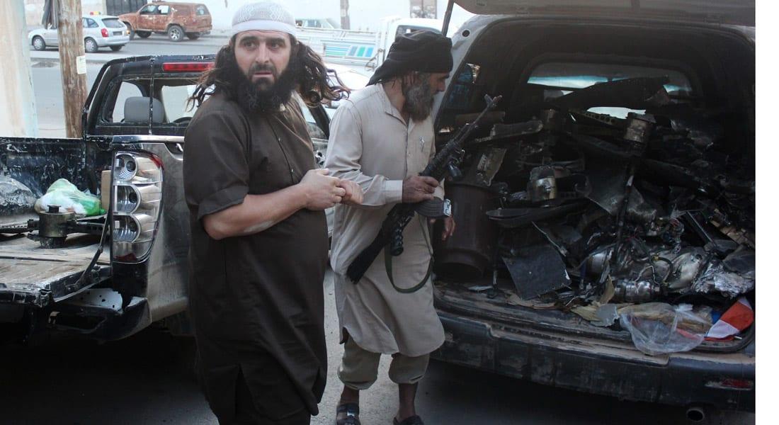 """بسبب محاولة بعضهم الفرار .. 9 قتلى في اشتباكات بين عناصر """"داعش"""""""