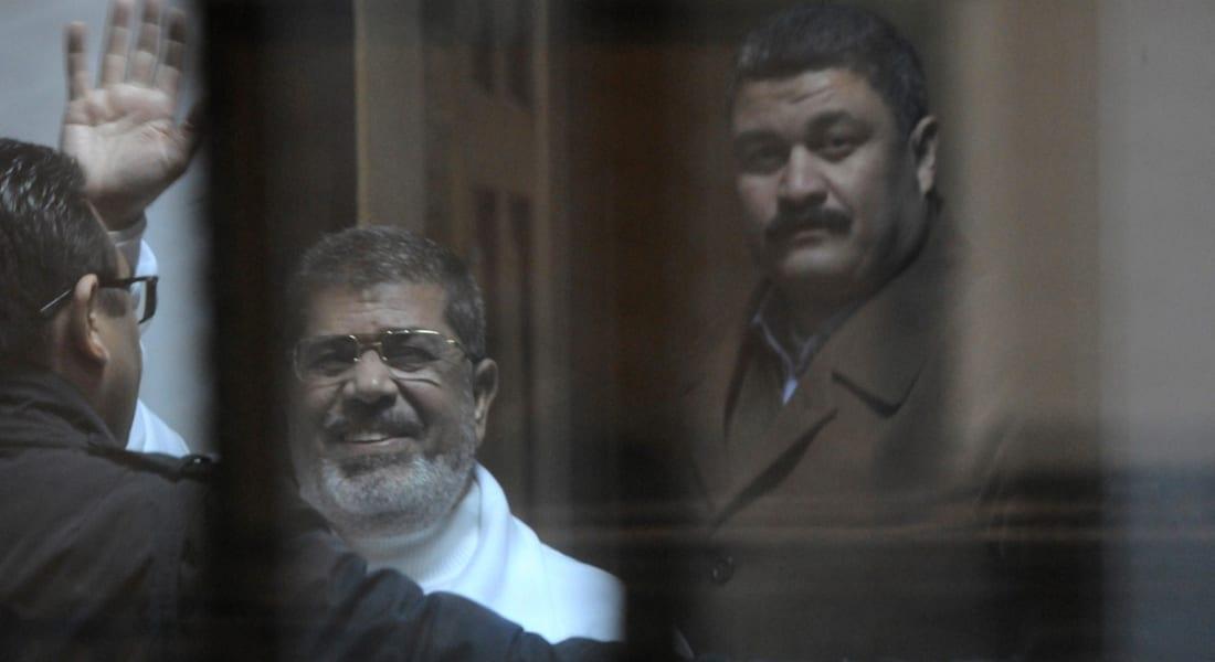 """تأجيل محاكمة مرسي و10 متهمين بـ""""التخابر مع قطر"""" لأسبوع وجلسة سرية لفض الأحراز"""