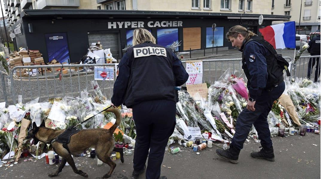 فرنسا .. اعتقال 4 أشخاص على علاقة بأميدي كوليبالي قاتل الرهائن بباريس