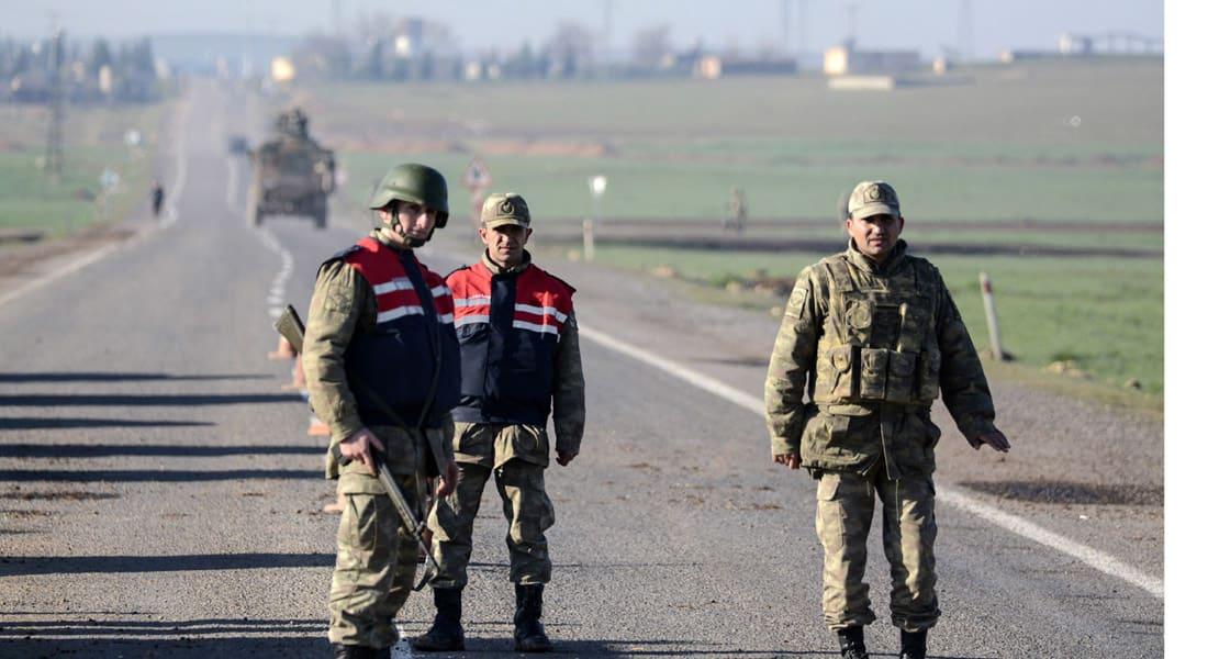 تركيا تعتقل 16 إندونيسيا خططوا لدخول سوريا بينهم رجل والباقي من النساء والأطفال