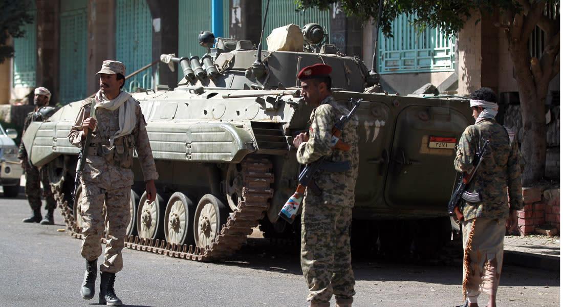 اليمن يطالب مجلس الأمن بكبح المطامع الإيرانية وبن عمر يحذر من حرب أهلية