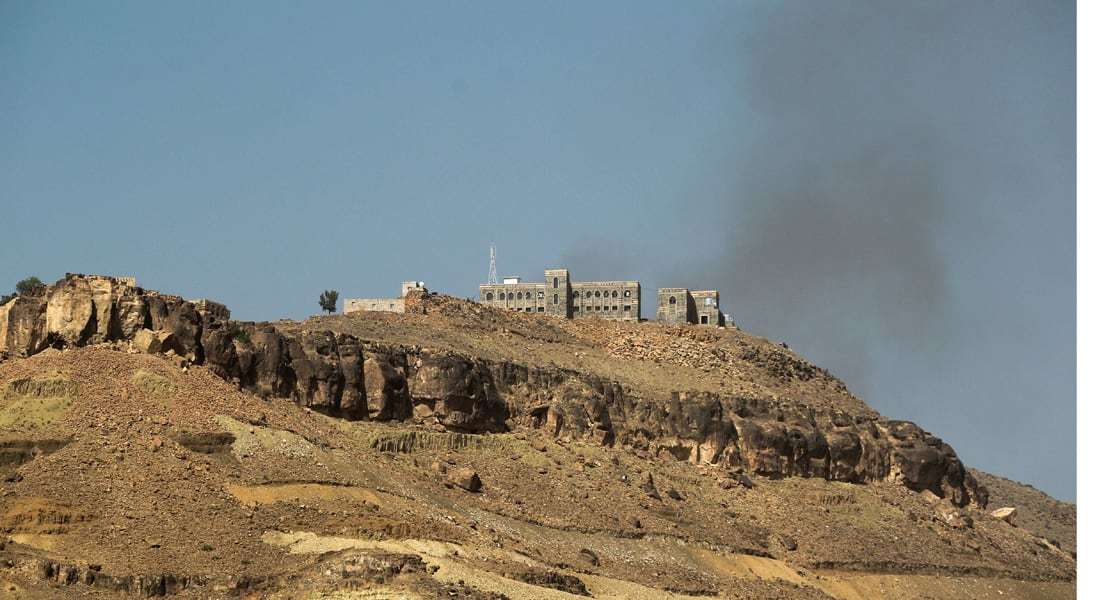 """عسيري: لا مكان آمن للحوثيين.. """"عاصفة الحزم"""" تشتد وتتصدى لتسليح الحوثيين وتدمر مخازنهم"""