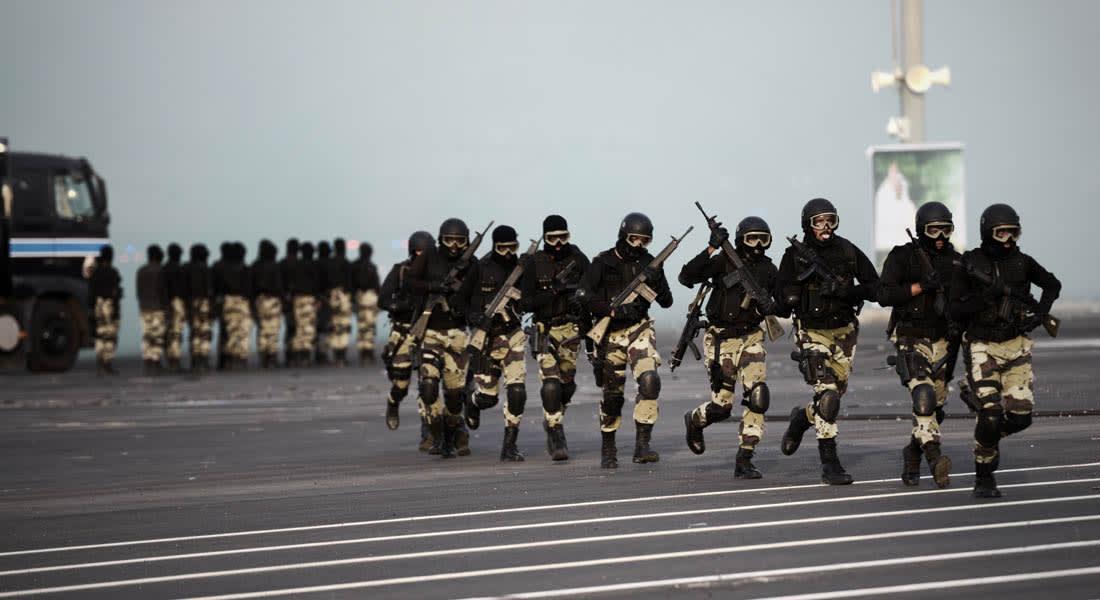 السعودية.. مقتل وإصابة شرطيين في مداهمة أمنية وهجوم بسكين في الرياض