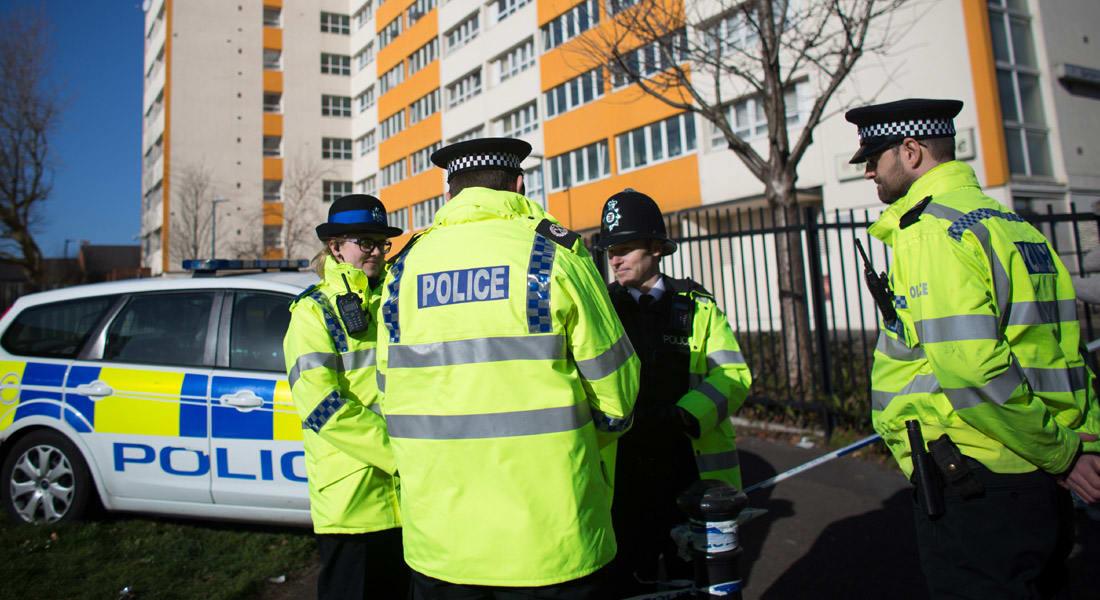"""الشرطة البريطانية تعتقل مراهقين للاشتباه في تخطيطهما لـ""""عمل إرهابي"""""""